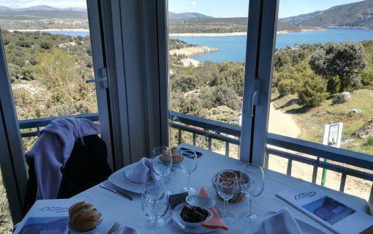 Restaurante el Picachuelo y sus ventanas al Atazar
