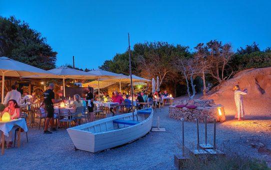 Sa Caleta, un restaurante con vistas solo para tus ojos