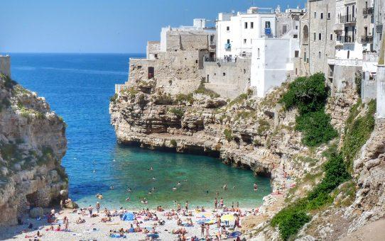 Polignano a Mare, la dama serena de la Puglia italiana